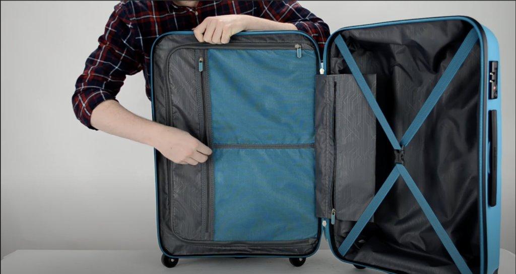 intérieur de la valise american tourister bon air